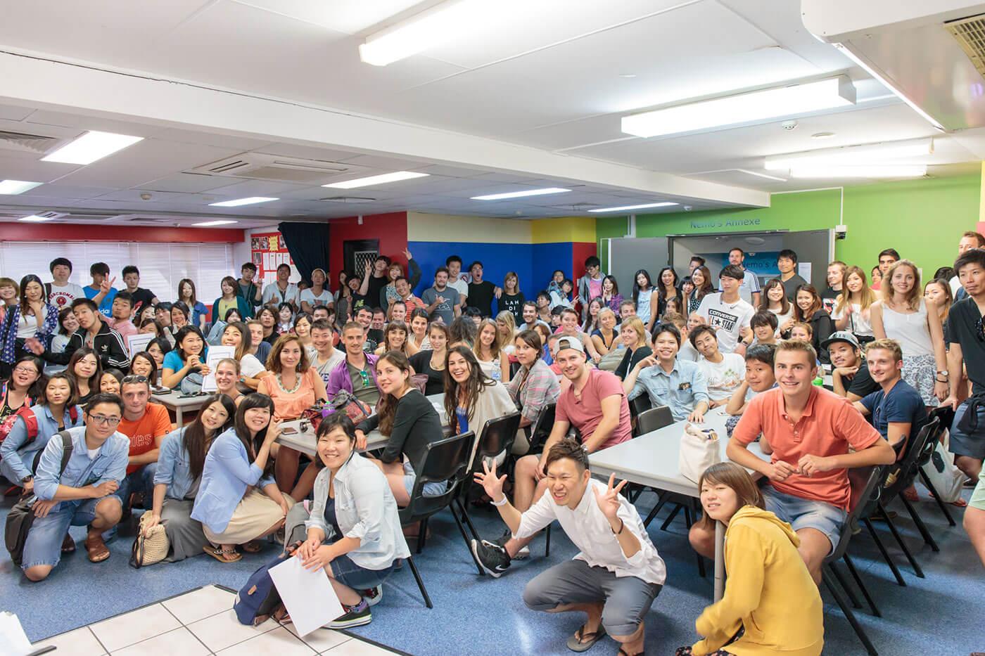 多国籍な生徒達が楽しく学ぶCCEB